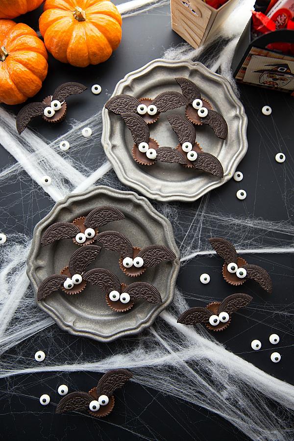 4-ingredient-Bat-Halloween-Treats