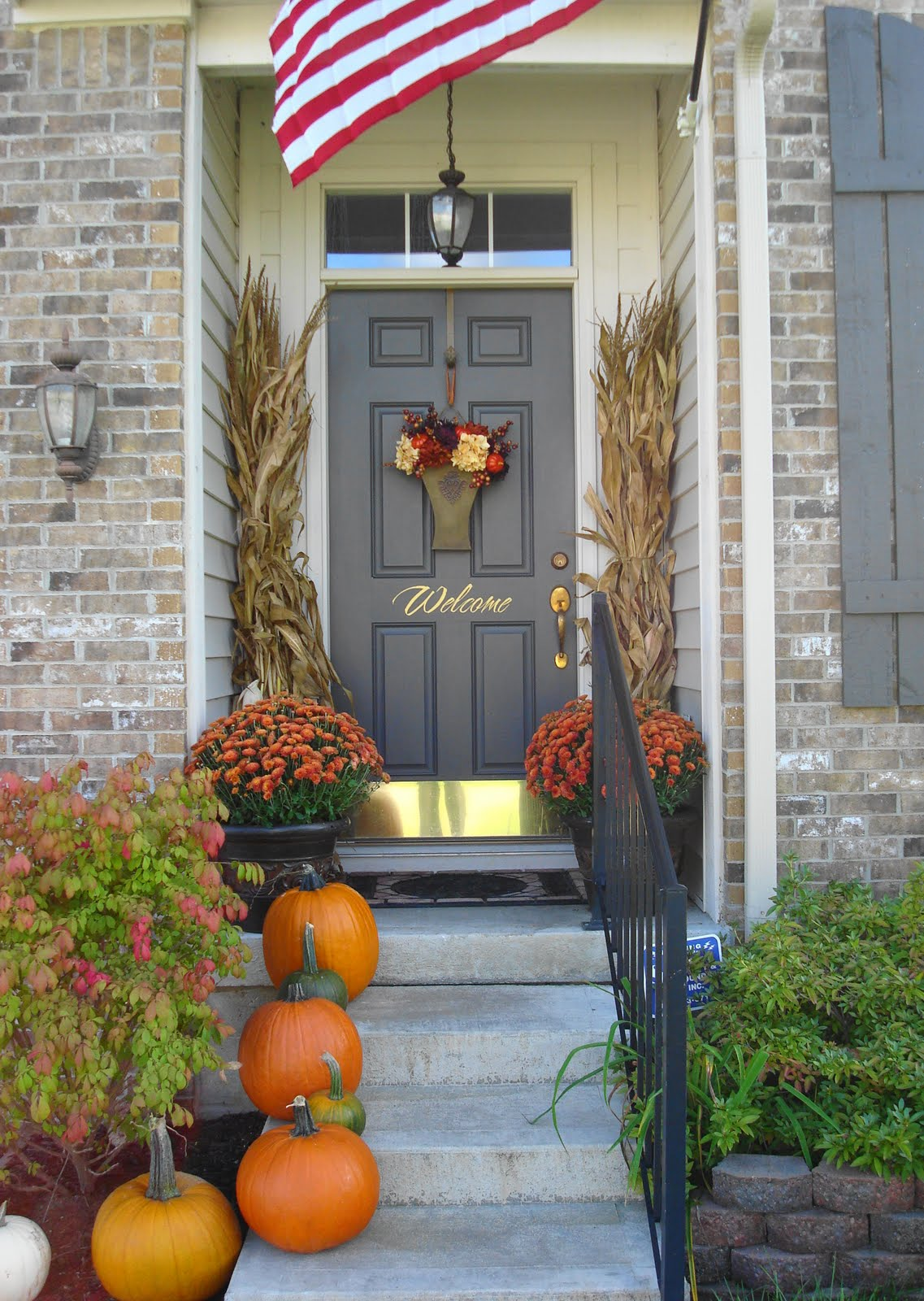 Fall porch decorating ideas pictures - Dsc02271